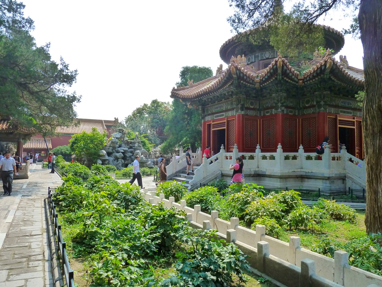 Forbidden City And Beihai Park Falling Awake