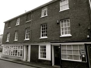1-2 Kingsgate St Winchester C18:19