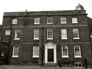 12 Chesil St, Winchester, C18