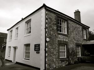 12 Colebrook St Winchester, C19