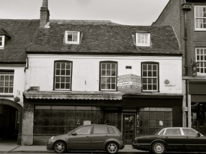 158:159 High St Winchester