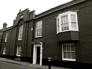 26 Colebrook St Winchester, C19