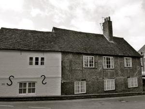 37-38 Wharf Hill, Winchester, C18-16