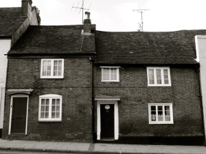 44-46 Chesil St, Winchester, C18-19