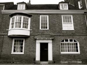 60 Kingsgate St Winchester C18