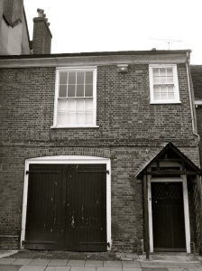 61a (Coach House) Kingsgate St Winchester C18