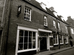 75:76 (Wykeham Arms) Kingsgate St Winchester 1760 1