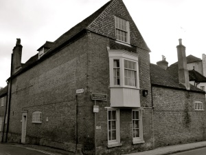 13 St Cross Rd Winchester C18