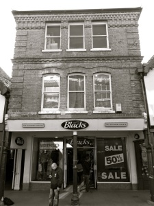 32 High St (The Pentice) Winchester 1850