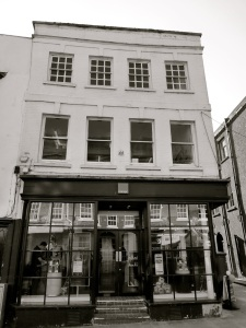 44 High St Winchester C18