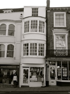 62 High St Winchester C19
