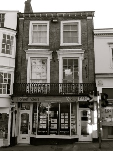 63 High St Winchester C19