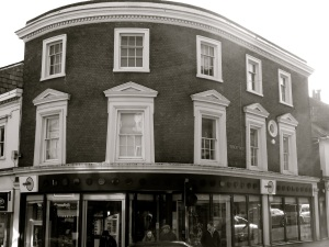 65 High St Winchester C19