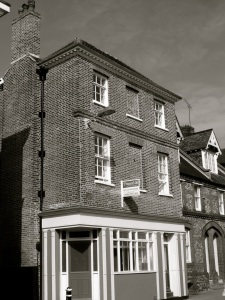26 Hyde St Winchester C19