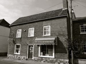 34 Hyde St Winchester C19