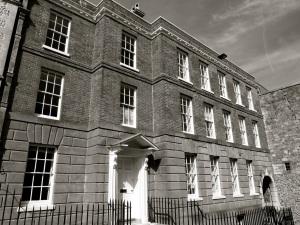 4 Castle Hill Winchester C18