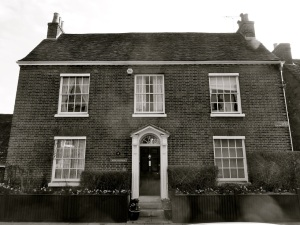 59 Hyde St Winchester C18