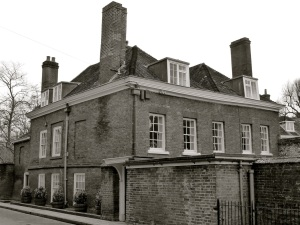 7 College St Winchester C18