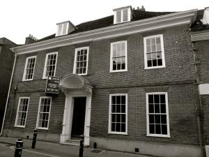9 Parchment St Winchester C17