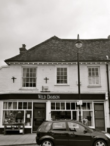 13 Dragon St Petersfield C18