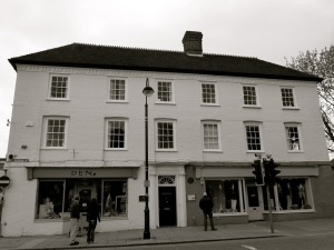 2 & 4 Dragon St Petersfield C18