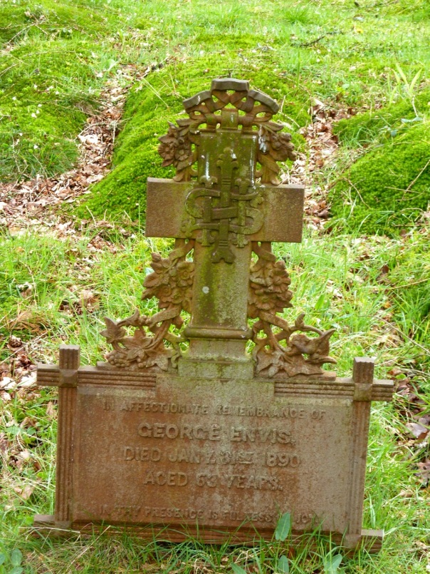 Iron gravemarker