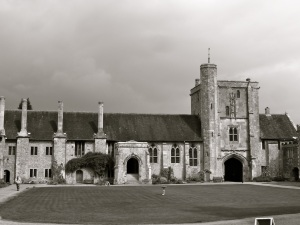 St Cross Hospital Quadrangle C14-15