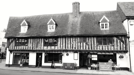 1 The Square Petersfield C16