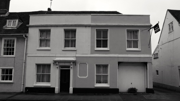 9 East St Alresford C18-19 (Formerly the Peaceful Home pub)