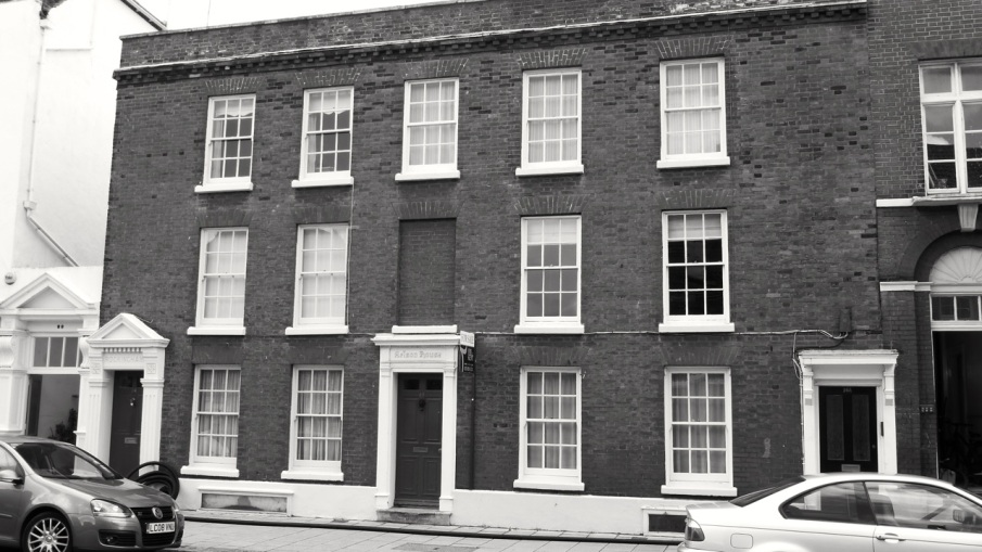 14, 15 and 16a (Nelson House) High St Portsmouth C18
