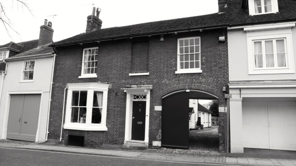 40 (Dorking Hs) Broad St Alresford C19