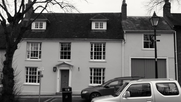 42 Broad St Alresford C18