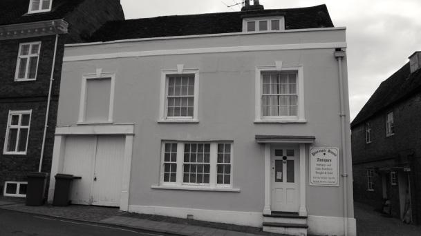 49 Broad St Alresford C18-19