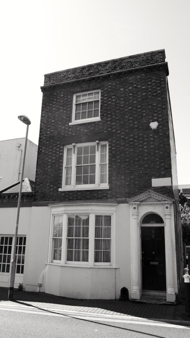 18 Belmont St Southsea 1800