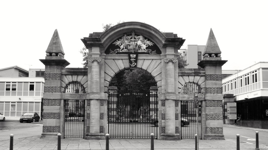 Victory Main Gate Queen St Portsmouth 1902 (From parts 1734)