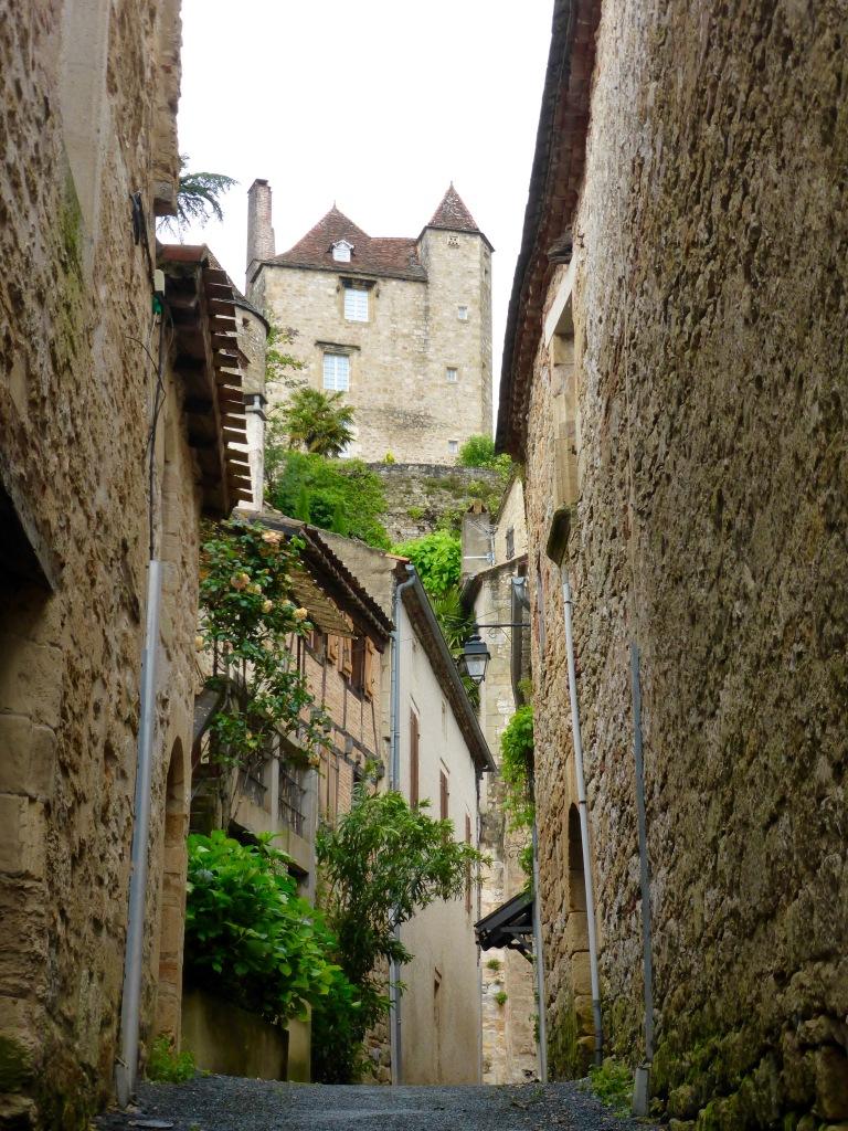 Puy L'Eveque medieval passageway
