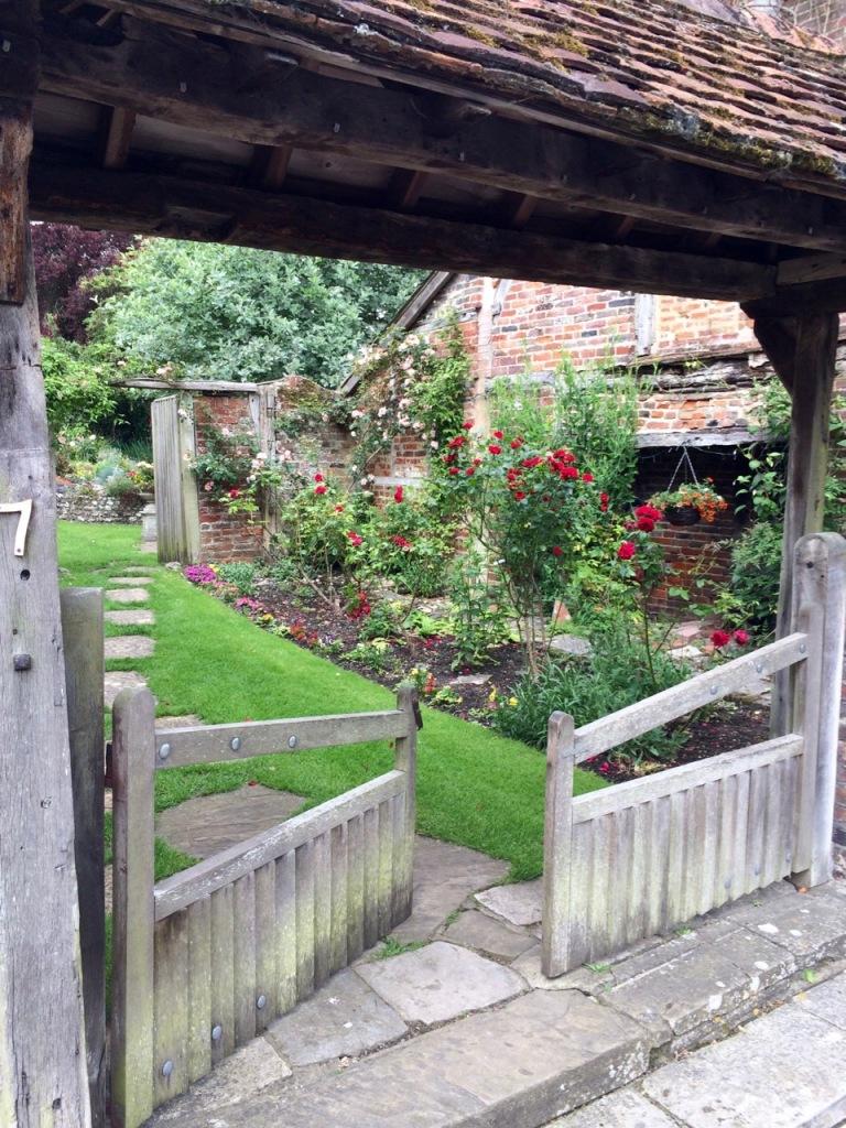 Alresford Broad Street Garden